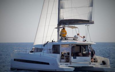 bali 4.3 catamaran for sale into charter management in our annapolis maryland fleet